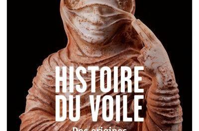 Couverture du livre Histoire du voile, des origines au foulard islamique de Maria Giuseppina Muzzarelli