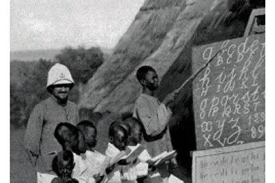 couverture CAROLE REYNAUD-PALIGOT L'école aux colonies Entre mission civilisatrice et racialisation (1816-1940), Cham Vallon